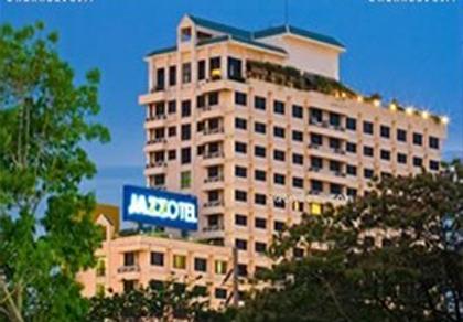 โรงแรมแจ็สโซเทล (JAZZOTEL)
